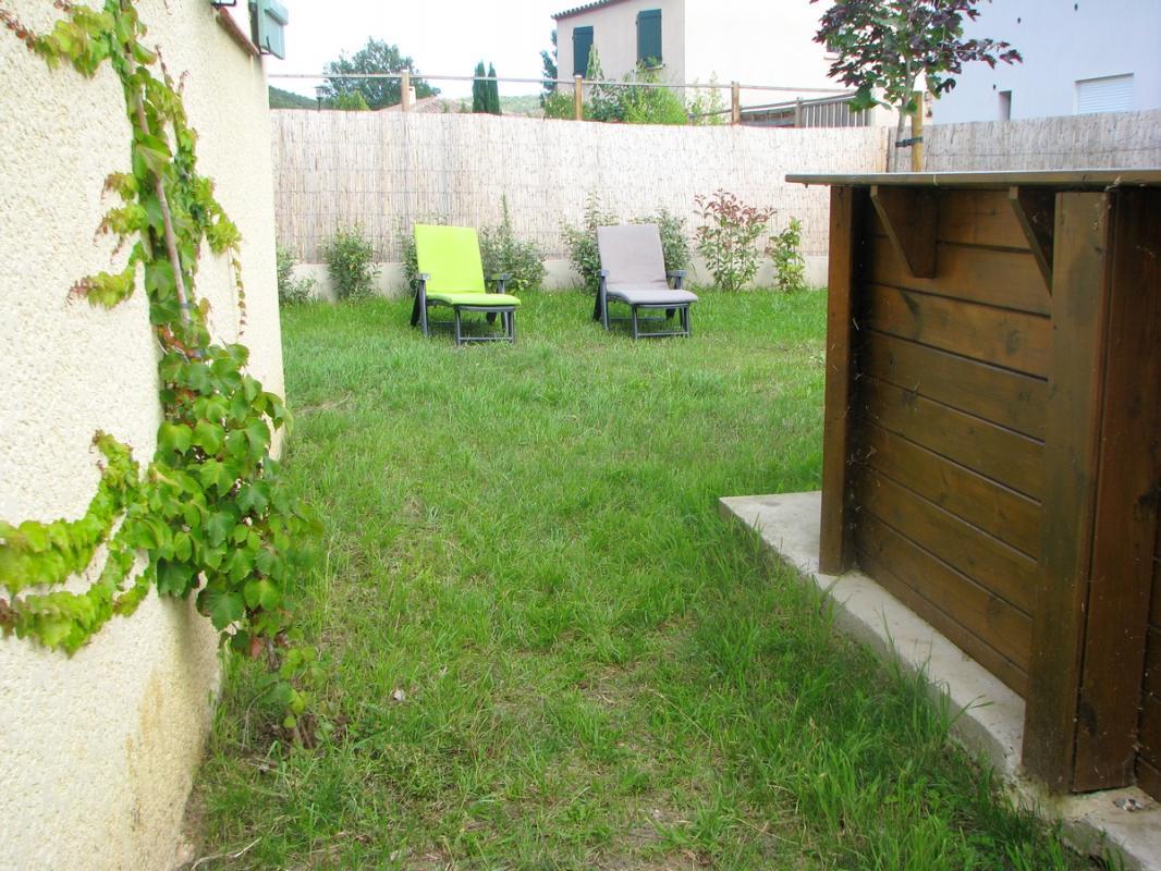 Jardin avec piscine Gîte Rural Amélie les Bains - Gîtes de France
